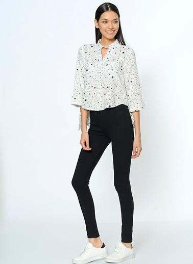 Yıldız Desenli Kısa Gömlek-Dewberry